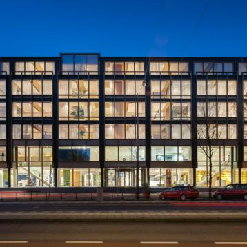 ROVASI LIGHTS UP THE DE NEDERLANDSCHE BANK