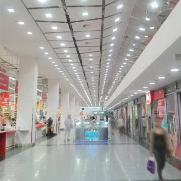 ROVASI lights up OCEAN PLAZA shopping Mall in Kiev