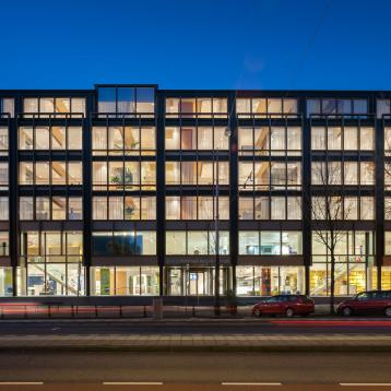 Rovasi lights up the De Nederlandsche Bank visitors' centre and offices
